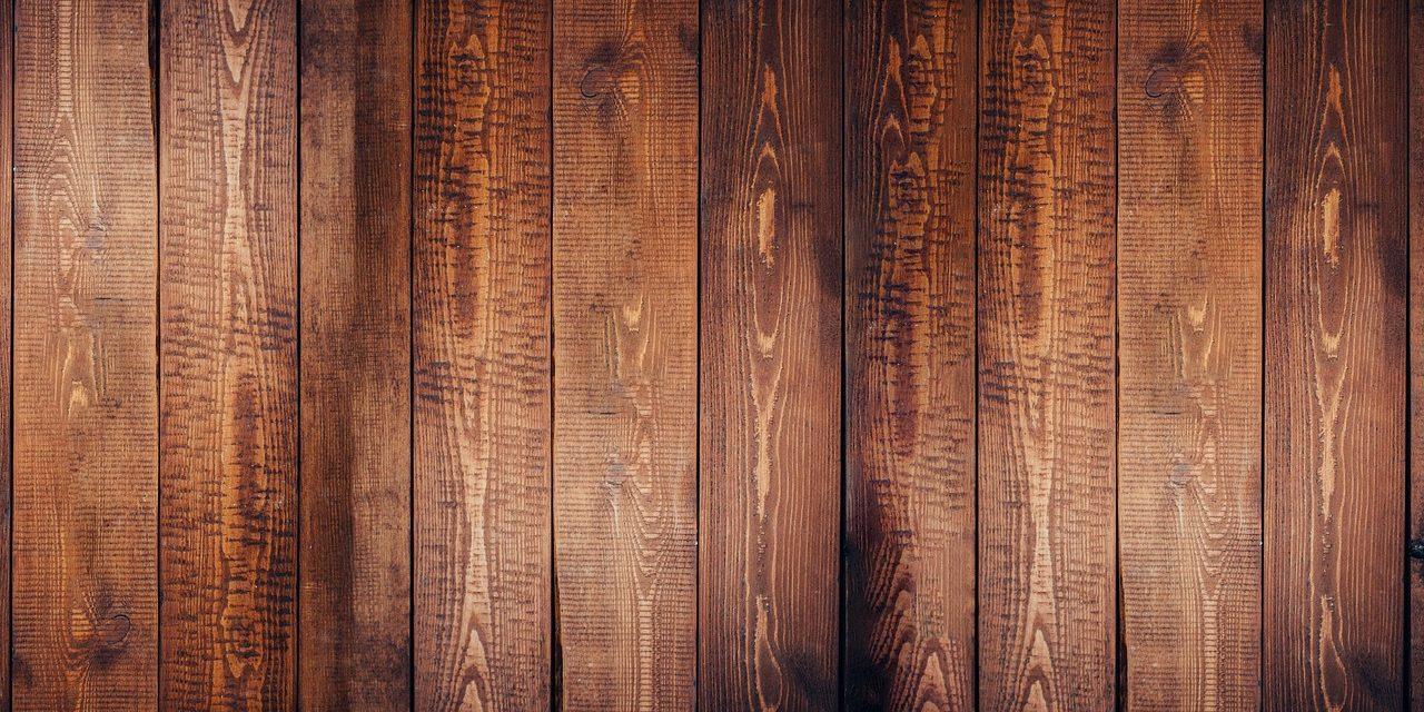 Le vernici per il legno: tipologie, consigli